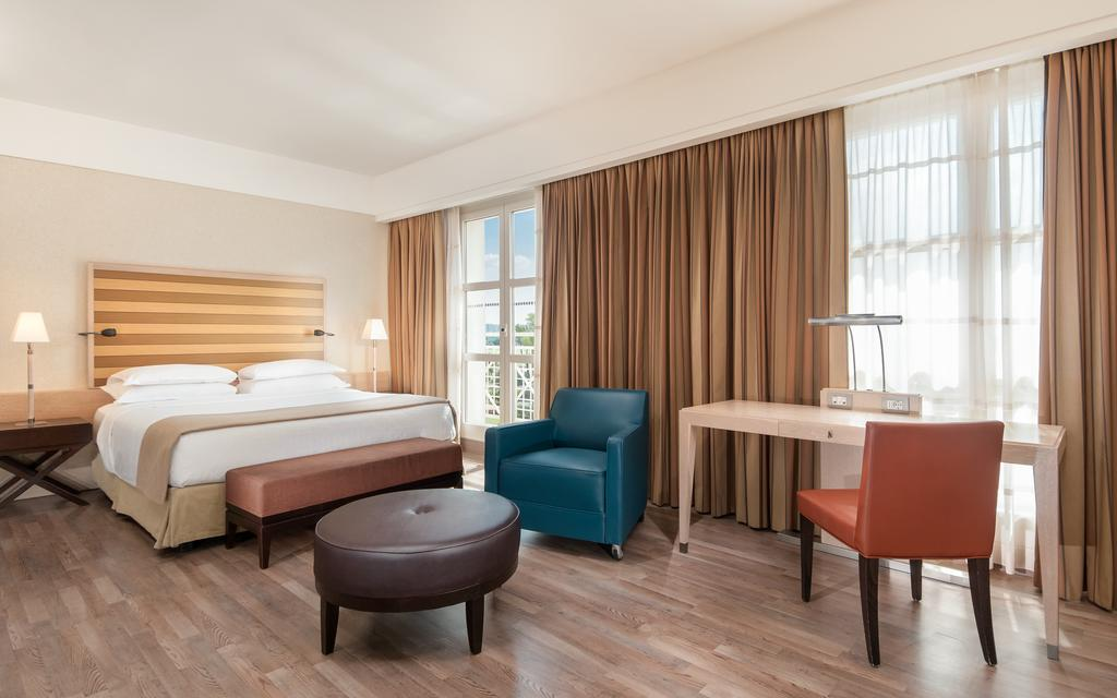Showadvisors Where To Stay Sheraton Parco De Medici Rome Hotel